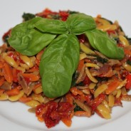Orzo with Spinach, Radicchio & Sun-Dried Tomatoes